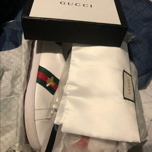 Men's Ace embroidered sneaker